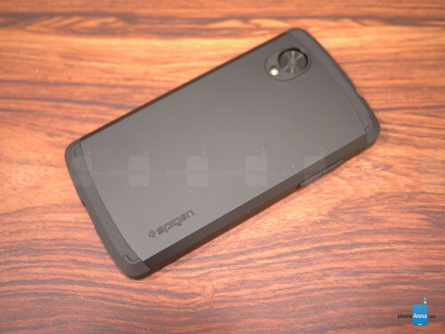 Spigen Google Nexus 5 Slim Armor Case Review