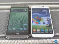 HTC-One-M8-vs-Samsung-Galaxy-S4002.jpg