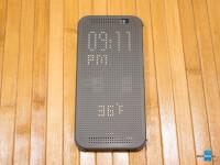 HTC-Dot-View-Case-Review004