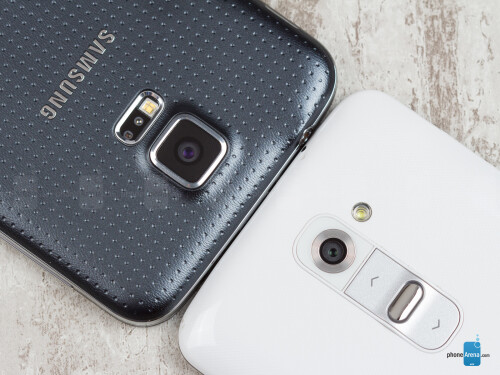 Samsung Galaxy S5 vs LG G2