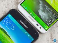 Samsung-Galaxy-S5-vs-LG-G2004.jpg