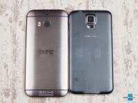 Samsung-Galaxy-S5-vs-HTC-One-M802.jpg