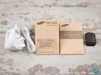 Samsung-Gear-2-Review002-box