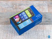 Nokia-X-Review001-box.jpg