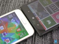 Samsung-Galaxy-S5-vs-Nokia-Lumia-1520003