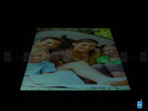 LG G2 mini viewing angles