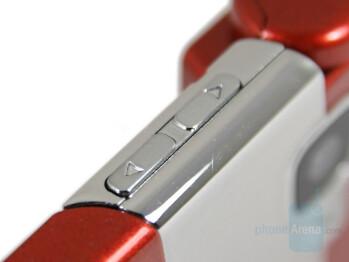 Volume keys - Nokia N76 Review