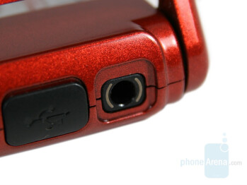 3.5mm stereo jack - Nokia N76 Review