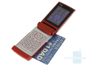Nokia N76 compared to Nokia E65 - Nokia N76 Review