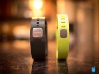 Samsung-Gear-Fit-vs-Fitbit-Flex05.jpg