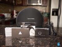 Harman-Kardon-Onyx-Studio-Review02-box