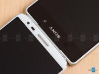 Sony-Xperia-Z2-vs-LG-G205.jpg