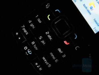 Backlight On - Nokia 6120 Classic Review