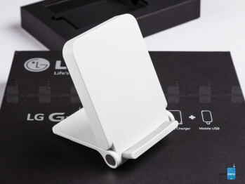 The WCD-100 wireless charger - LG G3 Quick Circle case Review