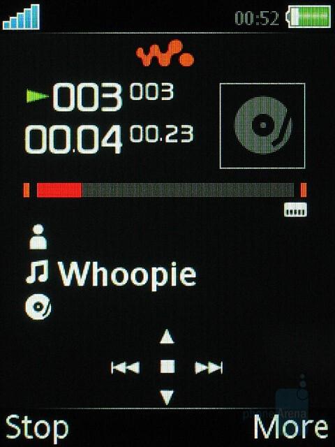 Walkman player - Sony Ericsson W580 Preview