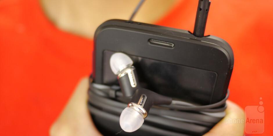 Klipsch R6m In-Ear Headphones Review