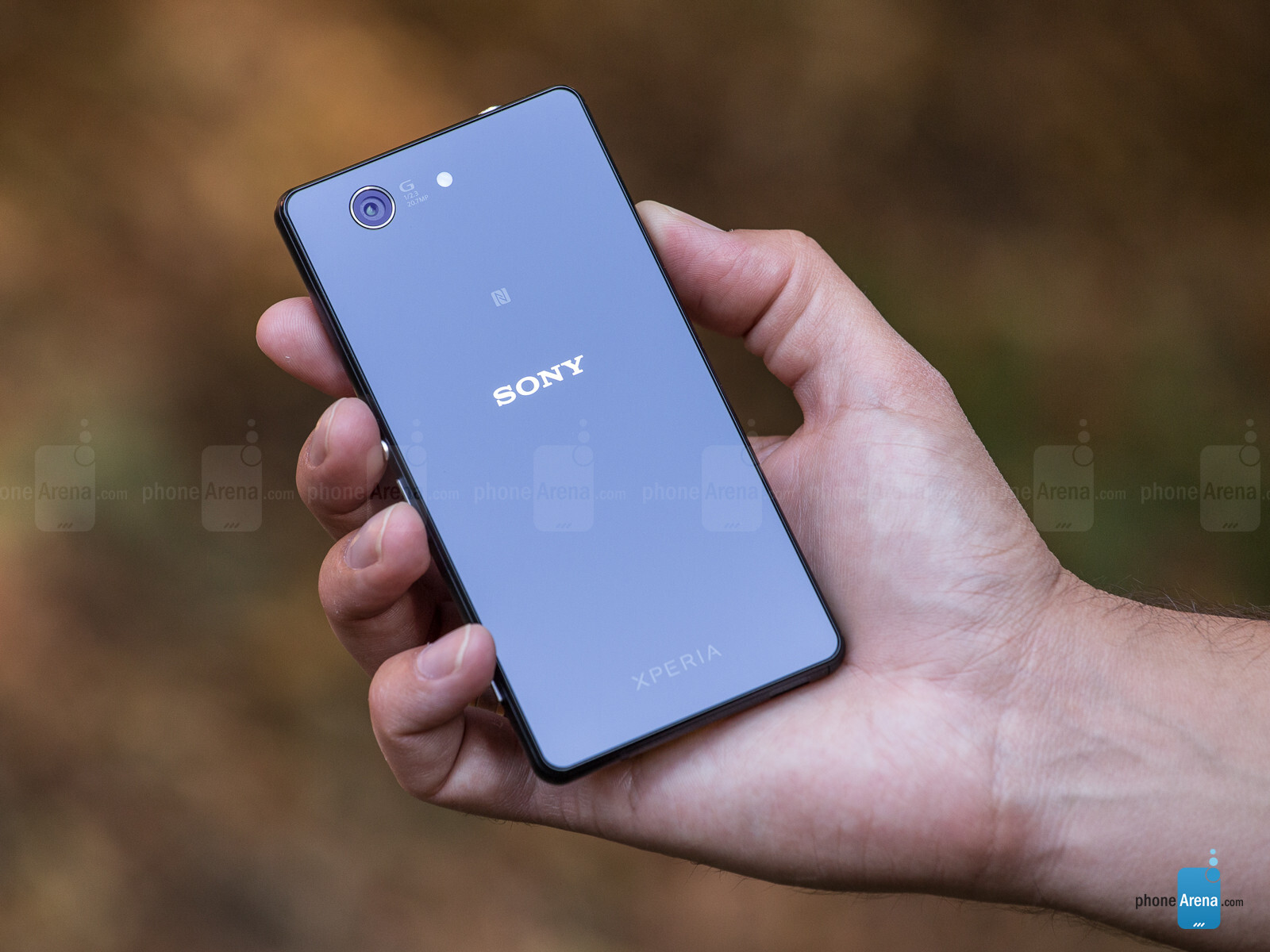 Sony Xperia Z1 Compact Review: Muscle Cell in the Compact Class [Mobile Test]