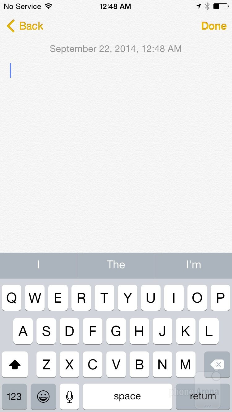 Default keyboard - The iOS 8 UI of the Apple iPhone 6 - Apple iPhone 6 vs Motorola Moto X 2014
