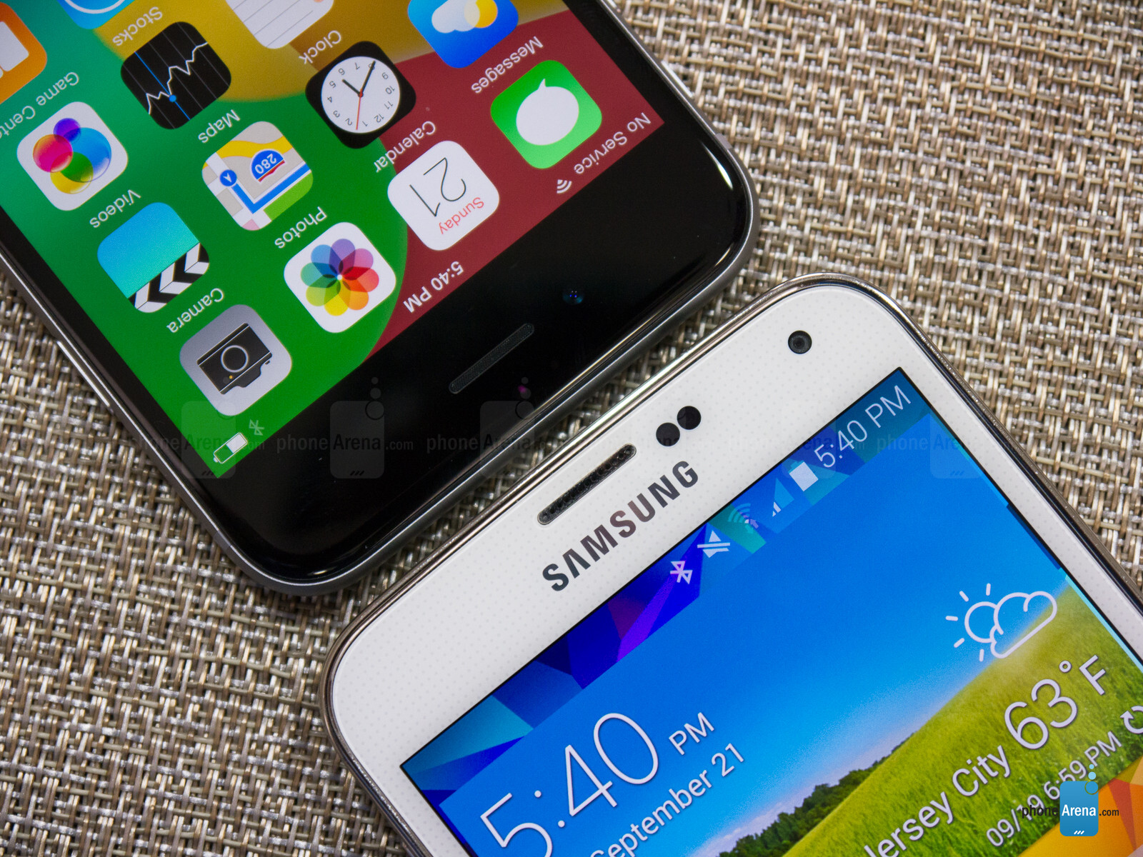 samsung knox vs iphone