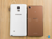 Samsung-Galaxy-Note-4-vs-Sony-Xperia-Z3004.jpg
