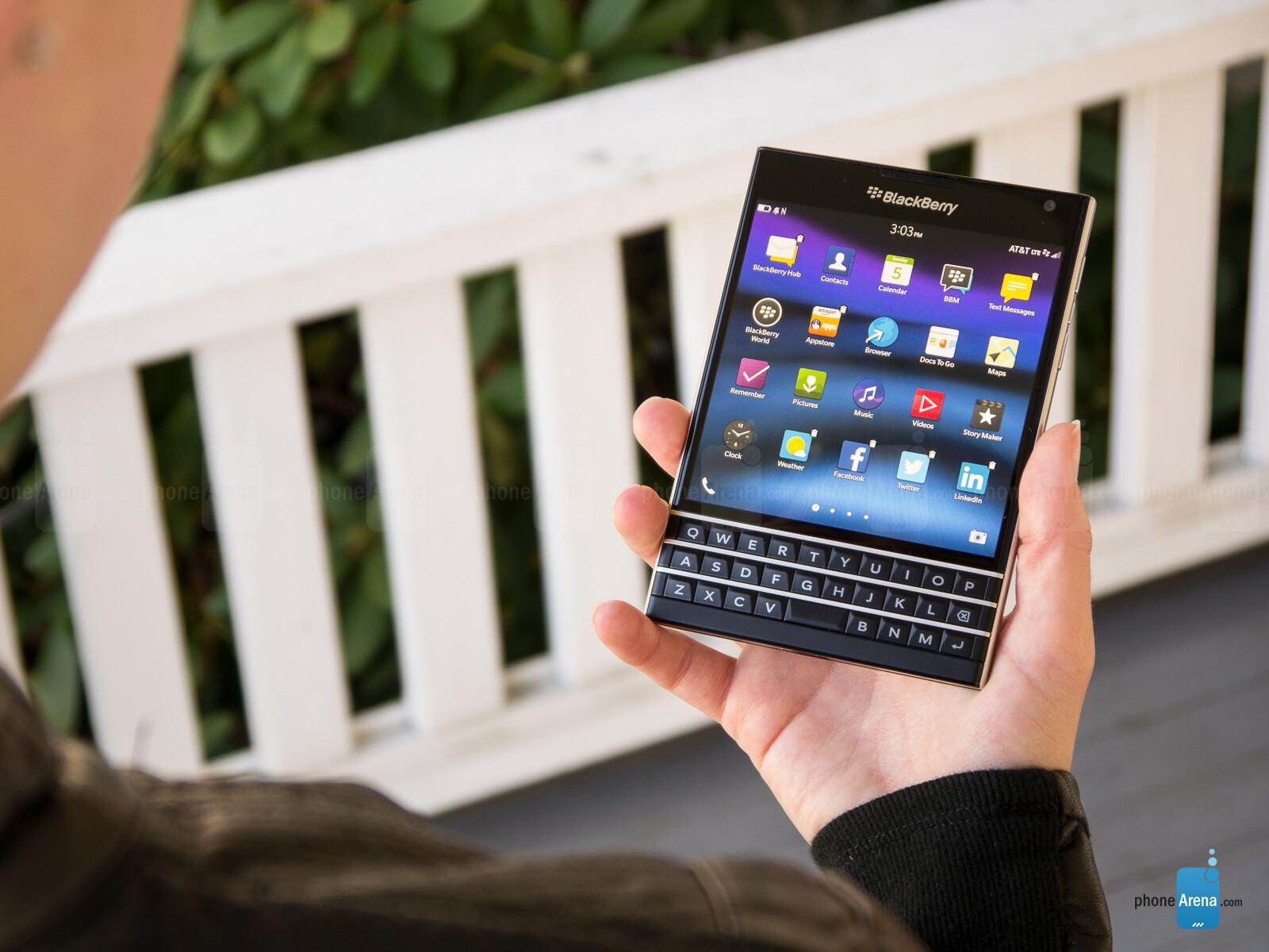 BlackBerry Passport Review - PhoneArena