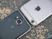 Samsung-Galaxy-Alpha-vs-Apple-Iphone-605