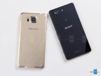 Samsung-Galaxy-Alpha-vs-Sony-Xperia-Z3-Compact02