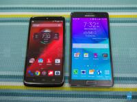 Motorola-DROID-Turbo-vs-Samsung-Galaxy-Note-401