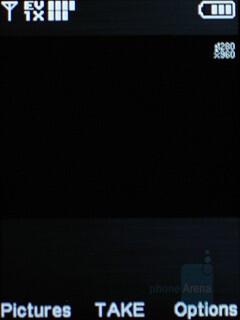 Camera interface - LG VX8550 Chocolate Review