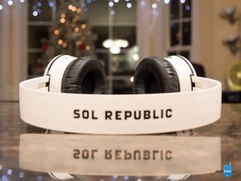 SOL Republic Tracks Air Review