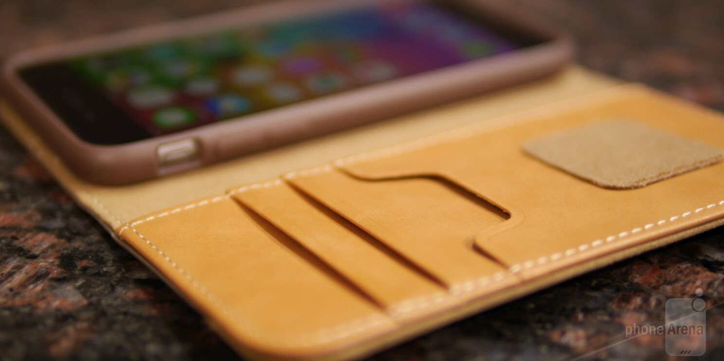outlet store cc17a 6a923 Moshi Overtue for Apple iPhone 6 Plus Review - PhoneArena