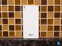 BLU-Vivo-Air-Review011.jpg
