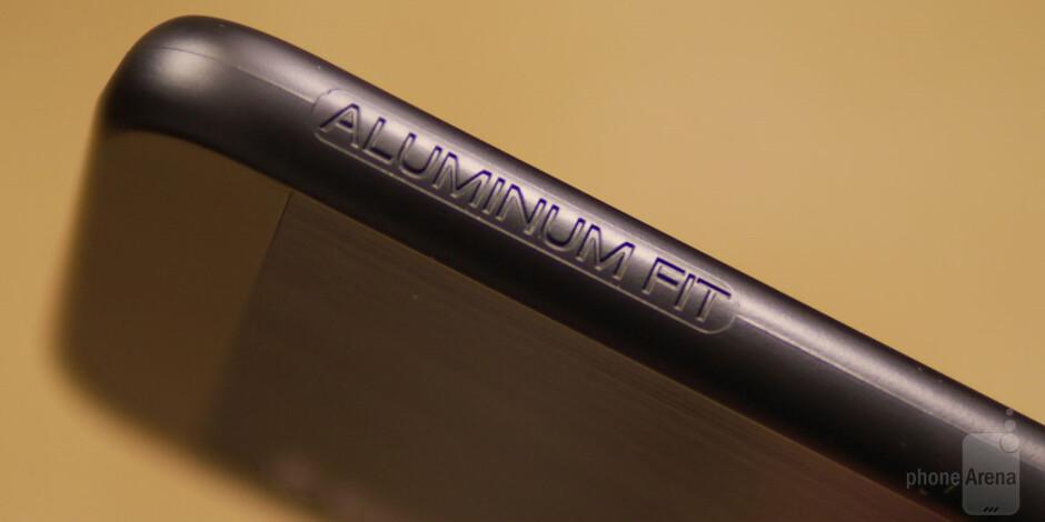 Spigen Aluminum Fit Case for Apple iPhone 6 Review