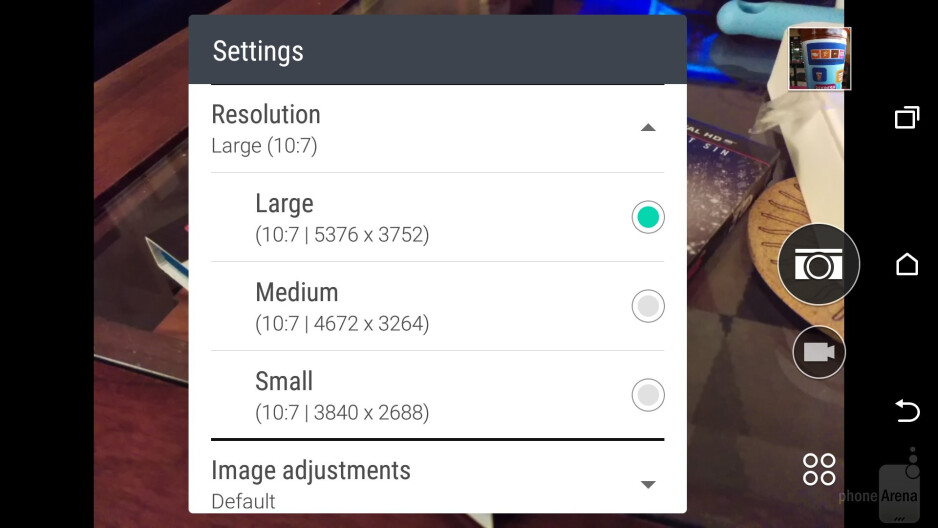 Camera interface of the HTC One M9 - HTC One M9 vs Apple iPhone 6