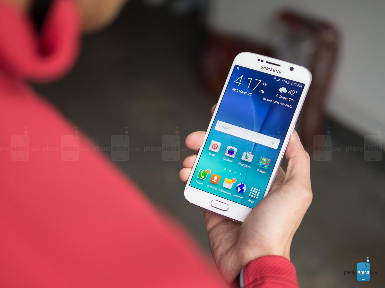 معرفی 7 گوشی هوشمند پیشرفته که با سیستم شارژ بی سیم ساخته شده اند