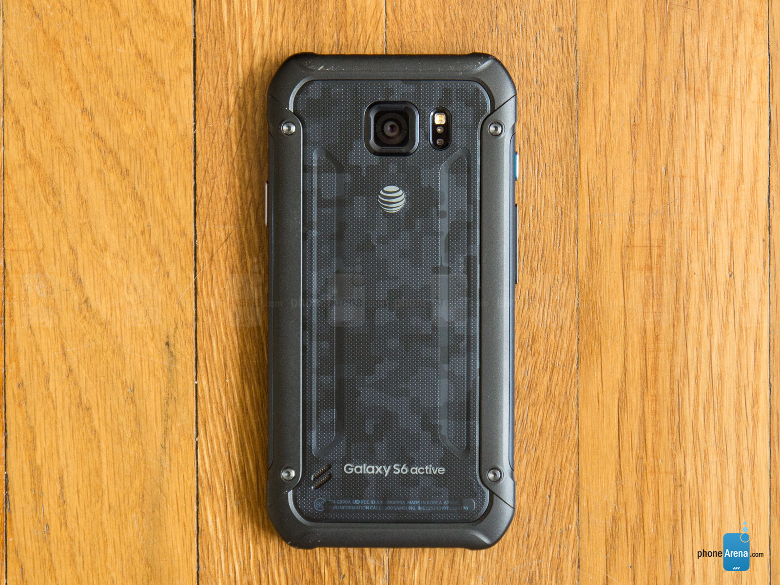 samsung galaxy s7 active gets leaked in 39 desert camo 39 gold. Black Bedroom Furniture Sets. Home Design Ideas