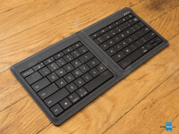 Microsoft-Foldable-Keyboard-Review10