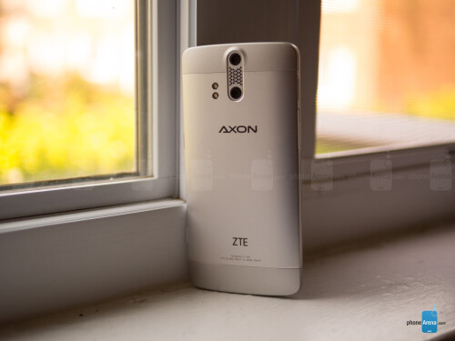 ZTE Axon Pro images