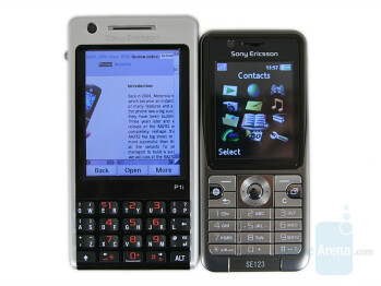 Left - SE P1, Right - SE K530 - Sony Ericsson K530 Preview