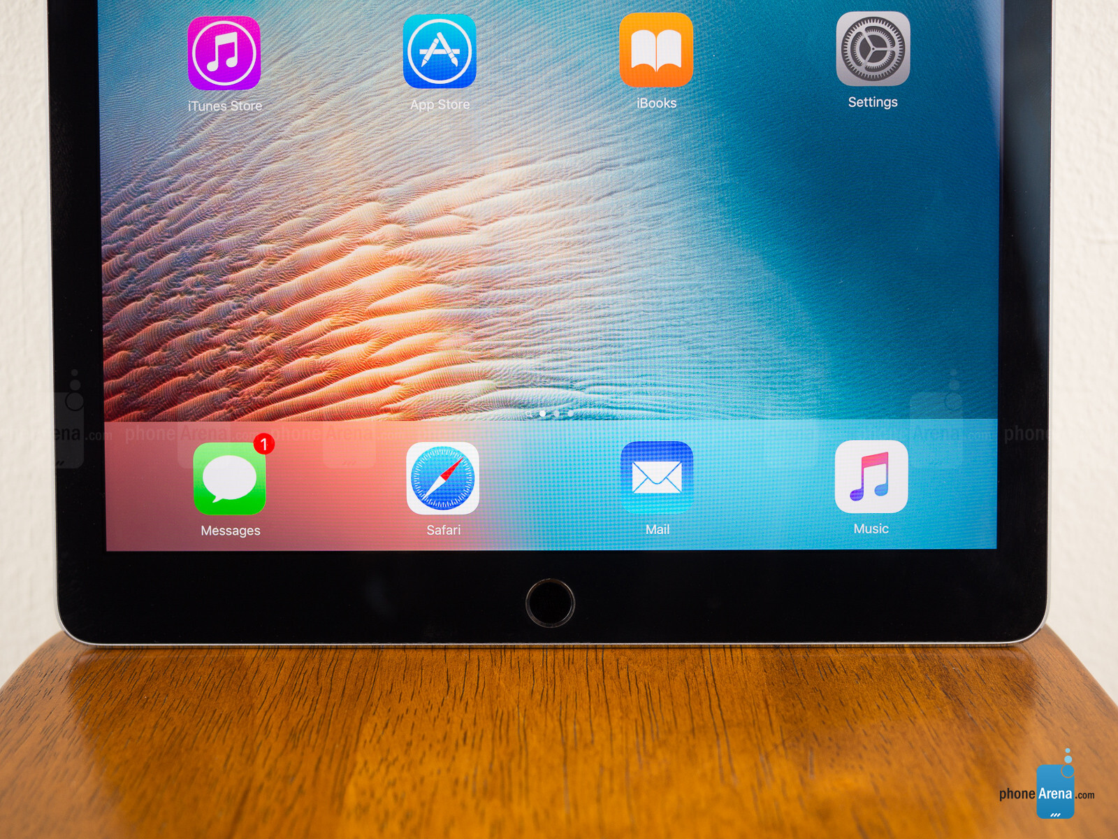 apple ipad pro review. Black Bedroom Furniture Sets. Home Design Ideas