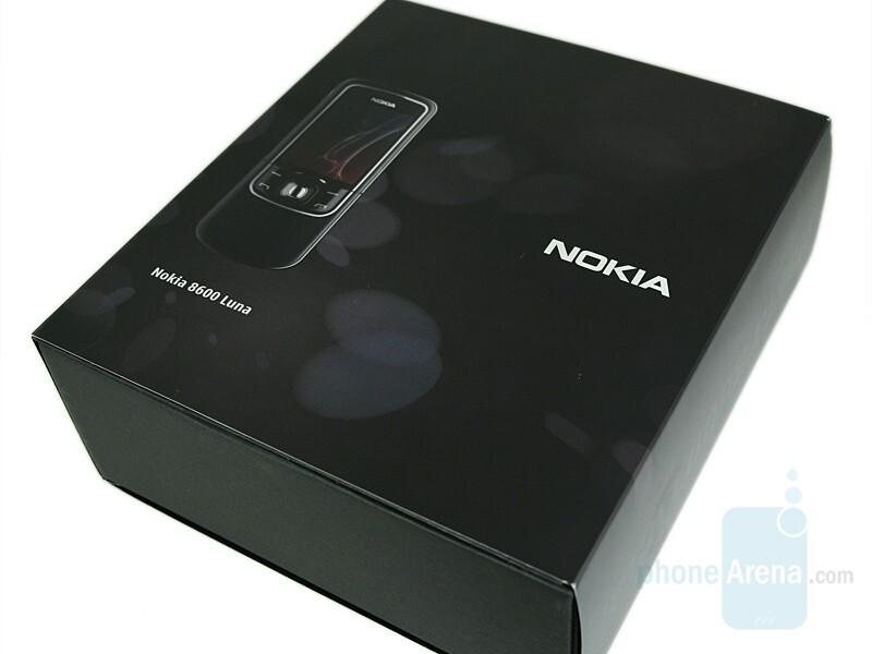 The Box - Nokia 8600 Luna Review