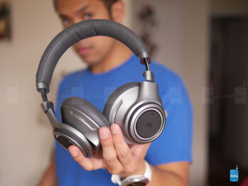 The same 40mm drivers help produce the potent mixture we've been exposed to before - Plantronics BackBeat Pro+ Review