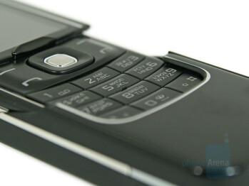 the keypad - Nokia 8600 Luna Review