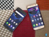 Samsung-Galaxy-S7-Edge-vs-Galaxy-S7015