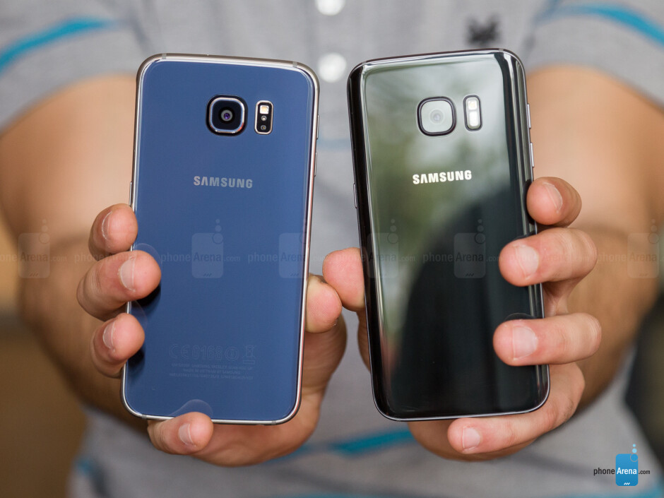 Galaxy S7 - right; Galaxy S6 left - Samsung Galaxy S7 vs Samsung Galaxy S6