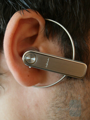 Wearing the BH-701 - Nokia BH-701 Review