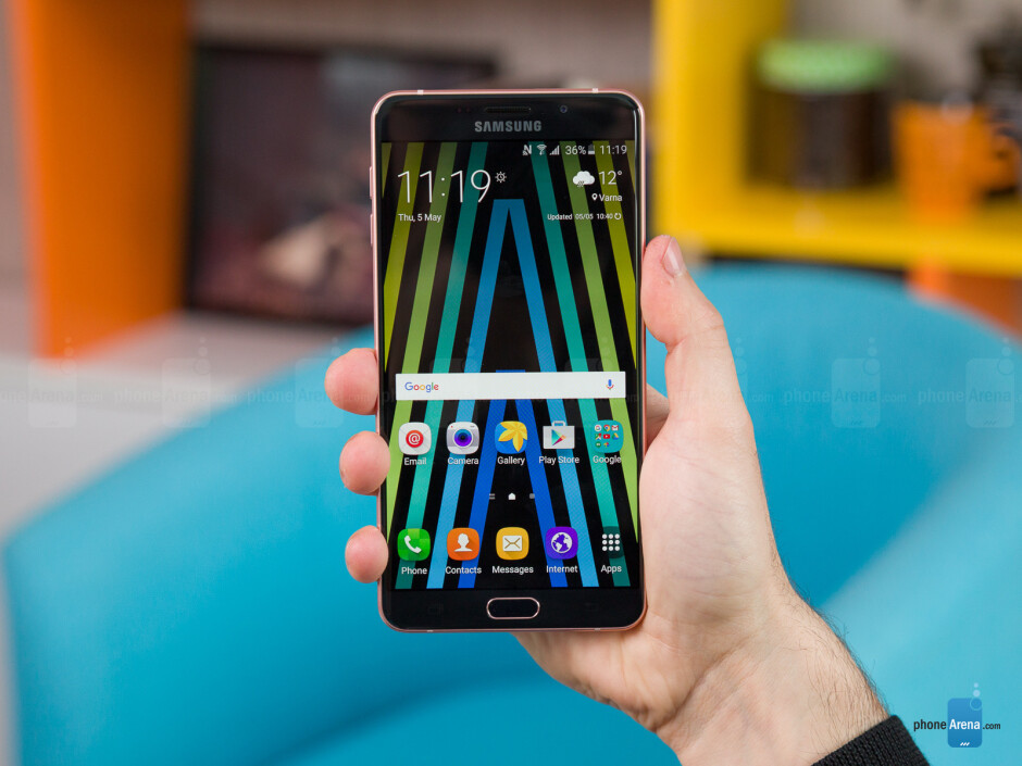Samsung Galaxy A9 (2016) Review