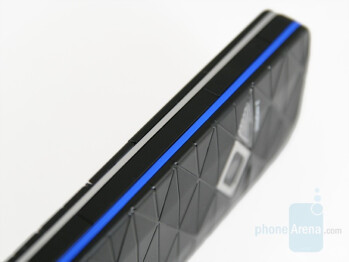 Blue one - Color accents - Nokia 7500 Prism Review