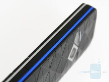 Blue one - Color accents - Nokia 7500 Prism Review