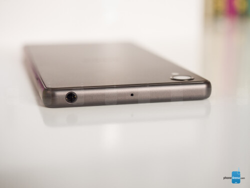 Sony Xperia X images